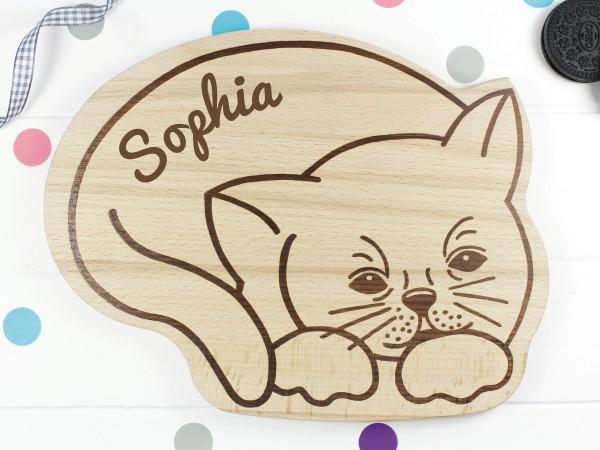 Graviertes Holzbrett mit Katze