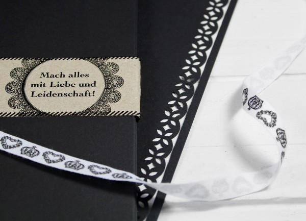 20 Blatt A4 Karton - Schwarz