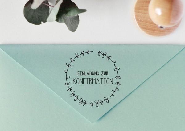 """Stempel mit Spruch """"Einladung zur Konfirmation"""", mit Blätterkranz"""