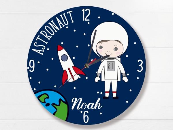 Kinderuhr mit Astronaut und Wunschname